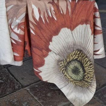 Linen tablecloth Papaver