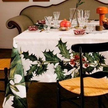 "Linen tablecloth ""Ilex"""