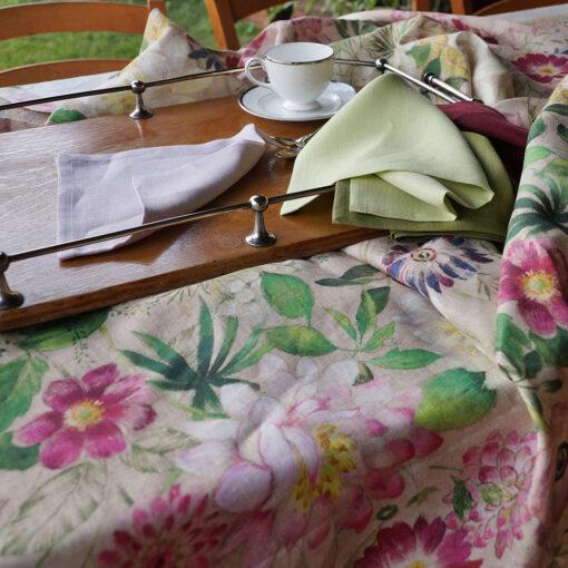 "Linen tablecloth ""La Vie En Rose"""