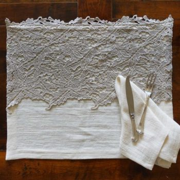 Linen Placemat with lace